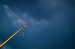 THEMENBILD - ein Winrad des Energieversorgers EVN in einem Windpark, aufgenommen am 7. Juni 2017, Rottersdorf, Oesterreich // a Wind turbine form the Austrian-based producer and transporter of electricity, EVN operate in a wind farm at Rottersdorf, Austria on 2017/06/07. EXPA Pictures © 2017, PhotoCredit: EXPA/ JFK