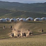 Mongolia. POLO children polo club in the Orkhon valley, training and game  Hahorin  /  club de polo pour ENFANTS dans la vallée de l'Orkhon, entrainement  karakorum - Mongolie /  L0009321