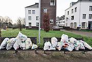 Nederland, Doesburg, 28-2-2020In een straat staan zakken gevuld met plastic afval klaar om door de reinigingsdienst opgehaald te worden. FOTO: FLIP FRANSSEN