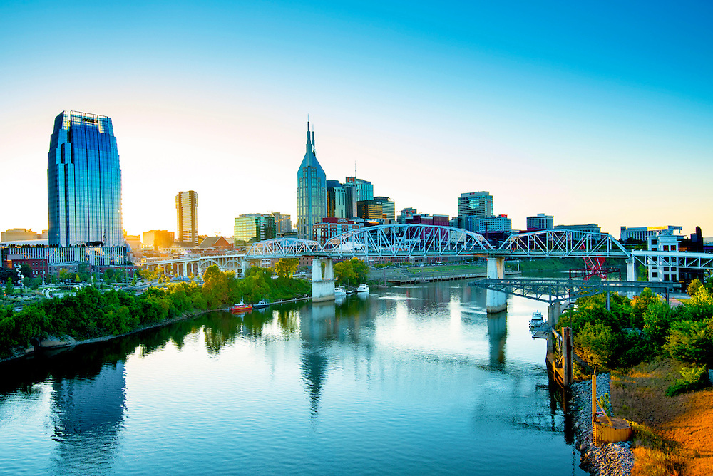 Cumberland River flows through Nashville, Tennessee, and the John Seigenthaler Pedestrian Bridge, also known as the Shelby Street Bridge, provides a crossing point.