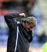 Photo: Paul Greenwood/Sportsbeat Images.<br />Wigan Athletic v Blackburn Rovers. The FA Barclays Premiership. 15/12/2007.<br />Wigan manager Steve Bruce reacts