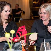 NLD/Noordwijk/20180409 - Strong Women Award 2018, Annemarie van Gaal en Jeanine Hennis-Plasschaert