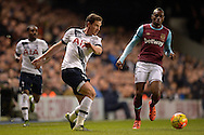 Jan Vertonghen of Tottenham Hotspur in action. Barclays Premier league match, Tottenham Hotspur v West Ham Utd at White Hart Lane in London on Sunday 22nd November 2015.<br /> pic by John Patrick Fletcher, Andrew Orchard sports photography.