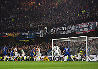 Football - 2018 / 2019 UEFA Europa League - Semi-Final, Second Leg: Chelsea (1) vs. Eintracht Frankfurt (1)<br /> <br /> Chelsea apply pressure from a corner, at Stamford Bridge.<br /> <br /> COLORSPORT/ASHLEY WESTERN