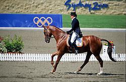Donckers Karin (BEL) - Gormly<br /> Olympic Games Sydney 2000<br /> Photo © Dirk Caremans