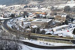 15.01.2013, Schladming, AUT, FIS Weltmeisterschaften Ski Alpin, Schladming 2013, Vorberichte, im Bild Schladming / Osteinfahrt mit Congress, Falkensteiner Hotel, Sporthotel Royer und ORF-Containern am 15.01.2013 // Schladming / East with Congress, Falkensteiner Hotel, Sporthotel Royer and ORF-Container on 2013/01/15, preview to the FIS Alpine World Ski Championships 2013 at Schladming, Austria on 2013/01/15. EXPA Pictures © 2013, PhotoCredit: EXPA/ Martin Huber