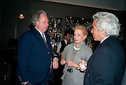 GRAYDON CARTER; CAROLINA HERRERA; GIANCARLO GIACOMETTI, Graydon and Anna Carter host a lunch for Carolina Herrera to celebrate the ipening of her new shop on Mount St. .The Connaught. London. 20 January 2010