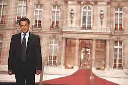 UMP leader and presidential candidate Nicolas Sarkozy, at France 2 television for a political interview programme 'A Vous de Juger', in Paris, France on April 26, 2007. Photo by Elodie Gregoire/Pool/ABACAPRESS.COM