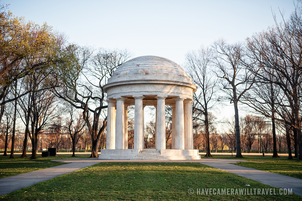 The World War I Memorial, often referred to as the DC War Memorial, commemorates Washington DC residents who found and died in World War I. It sits on the National Mall just to the south of the Lincoln Memorial Reflecting Pooll.