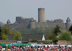 FORMEL 1: GP von Europa, Nuerburgring, 07.05.2006<br /> Rennstrecke, Illustration, Nuerburg, Burg, Stadtansicht<br /> © pixathlon