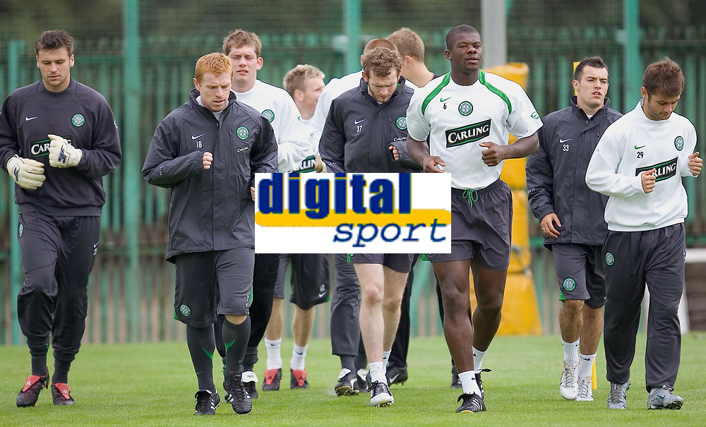Celtic training at Barrowfield today as manager Gordon Strachan prepares for his first game in the Scottish Premier League against Motherwell tomorrow.<br /> Pic Ian Stewart  Friday July 29th. 2005<br /> Marshall,Lennon and Balde train with the squad today