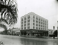 1925 Hollywood Blvd. at Sycamore Ave.