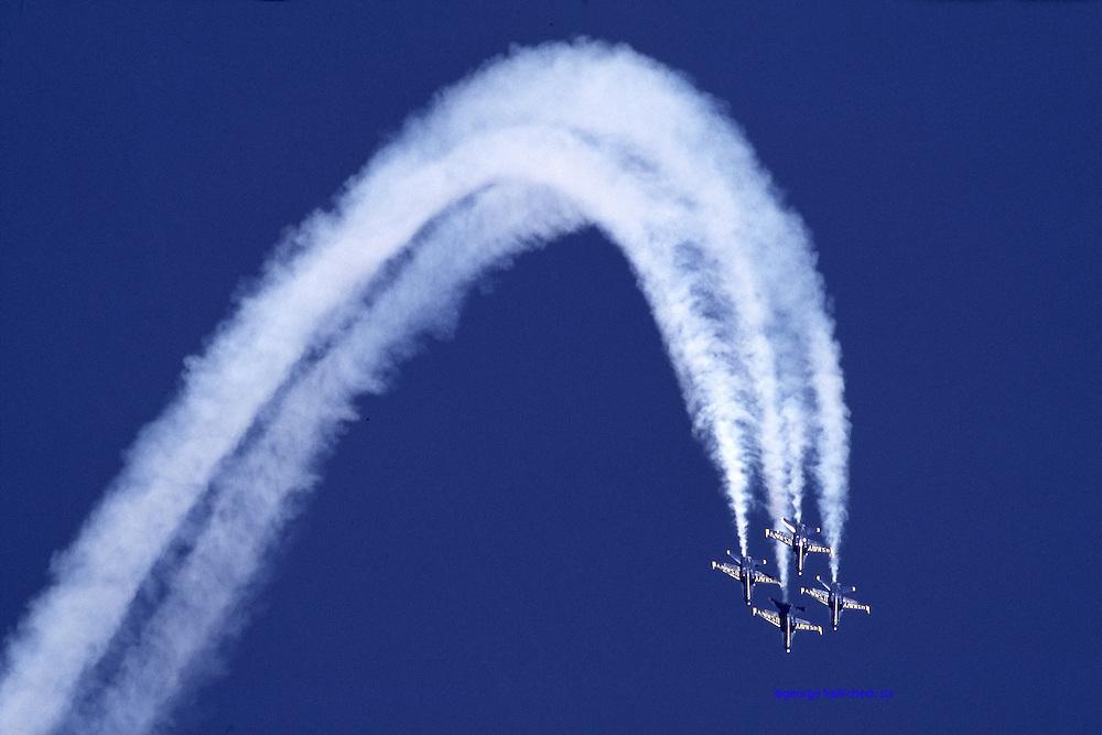 F-18 Blues loop