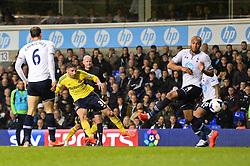 Sunderland's forward Fabio Borini takes a shot at goal  - Photo mandatory by-line: Mitchell Gunn/JMP - Tel: Mobile: 07966 386802 07/04/2014 - SPORT - FOOTBALL - White Hart Lane - London - Tottenham Hotspur v Sunderland - Premier League