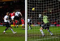 Fotball<br /> Premier League England 2004/2005<br /> Foto: BPI/Digitalsport<br /> NORWAY ONLY<br /> <br /> Charlton Athletic v Fulham <br /> FA Barclays Premiership<br /> 20/12/2004<br /> <br /> Talal El Karkouri of Charlton deflects Danny Murphy  free kick past the static Edwin Van Der Sar