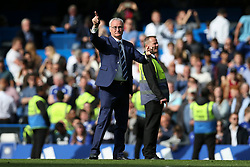 Leicester City Manager Claudio Ranieri applauds the Chelsea fans - Mandatory byline: Jason Brown/JMP - 15/05/2016 - FOOTBALL - London, Stamford Bridge - Chelsea v Leicester City - Barclays Premier League