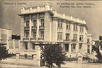 Sanatorij u Zagrebu : Po nacrtima Inž. Ignjata Fischera. Sagradio Arh. Vjek. Heinzel. <br /> <br /> ImpresumZagreb : Svjetlotiskarski zavod R. Mosinger, [između 1909 i 1929 godine].<br /> Materijalni opis1 razglednica : tisak ; 9 x 13,8 cm.<br /> NakladnikSvjetlotiskarski zavod R. Mosinger<br /> Mjesto izdavanjaZagreb<br /> Vrstavizualna građa • razglednice<br /> ZbirkaZbirka razglednica • Grafička zbirka NSK<br /> Formatimage/jpeg<br /> PredmetZagreb –– Ulica Vjekoslava Klaića<br /> SignaturaRZG-KLA-1<br /> Obuhvat(vremenski)20. stoljeće<br /> NapomenaRazglednica nije putovala.<br /> PravaJavno dobro<br /> Identifikatori000954590<br /> NBN.HRNBN: urn:nbn:hr:238:363439 <br /> <br /> Izvor: Digitalne zbirke Nacionalne i sveučilišne knjižnice u Zagrebu