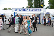Henley Regatta. 2 July 2011. <br /> <br />  , -DO NOT ARCHIVE-© Copyright Photograph by Dafydd Jones. 248 Clapham Rd. London SW9 0PZ. Tel 0207 820 0771. www.dafjones.com.