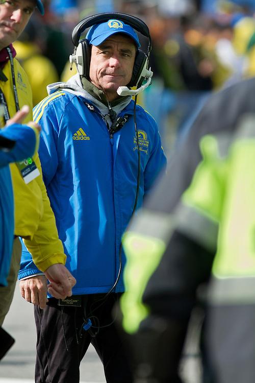 2013 Boston Marathon: Dave McGillivray, race director, at start