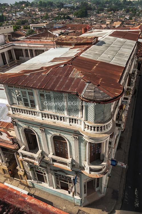 Cuba, Santiago de Cuba, Oriente, centre vieille ville, place Cespedes // Cuba , Santiago de Cuba , Oriente , old city center, Cespedes Square