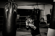 8/11/2016- Danae de 31 años es boxeadora amateur de la categoría hasta 69 kilos, enrena cada día en el gimnasio de la Escuela de boxeo Ta MI Chau