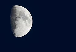 23.02.2010, Moon, Lienz, AUT, Halbmond, EXPA Pictures © 2010, PhotoCredit: EXPA/ J. Feichter / SPORTIDA PHOTO AGENCY.