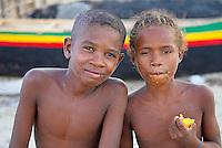 Madagascar. Ifaty, village de pecheur d'ethnie Vezo. Environs de Tulear. // Madagascar Ifaty, fishing village of Vezo ethnic group. Around Tulear.