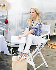 A day in the life of Reese Witherspoon as she poses for Big Little Lies shoot - 18 May 2018