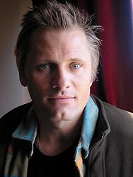 Actor Viggo Mortensen, press junket for HIDALGO, Rapid City, SD, 2004.
