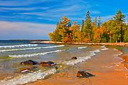 Lake Superior at Katherine Cove<br />Lake Superior Provincial Park<br />Ontario<br />Canada