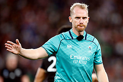 Referee: Wayne Barnes (England) during the Bronze Final match between New Zealand and Wales Mandatory by-line: Steve Haag Sports/JMPUK - 01/11/2019 - RUGBY - Tokyo Stadium - Tokyo, Japan - New Zealand v Wales - Bronze Final - Rugby World Cup Japan 2019