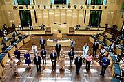 BERLIJN, 06-07-2021, Bondsraad/Bundesrat<br /> <br /> Koning Willem Alexander en Koningin Maxima tijdens het Staatsbezoek aan Duitsland. Het bezoek aan Berlijn vormt de afronding van een reeks deelstaatbezoeken die het Koninklijk Paar sinds 2013 aan Duitsland heeft gebracht. <br /> FOTO: Brunopress/Patrick van Emst<br /> <br /> King Willem Alexander and Queen Maxima during the state visit to Germany. The visit to Berlin concludes a series of state visits that the Royal Couple has made to Germany since 2013. FOTO: Brunopress/Patrick van Emst<br /> <br /> Op de foto / On the photo: Bezoek aan de Bondsraad, toespraak van Z.M. de Koning ten overstaan van de ministers-presidenten van de Duitse deelstaten // Visit to the Federal Council, speech by H.M. the King to the Prime Ministers of the Germany