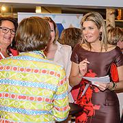 NLD/Utrecht/20150414 - Konining Maxima bezoekt netwerkbijeenkomst vrouwelijke ondernemers 'Guts and Glory' in Utrecht,