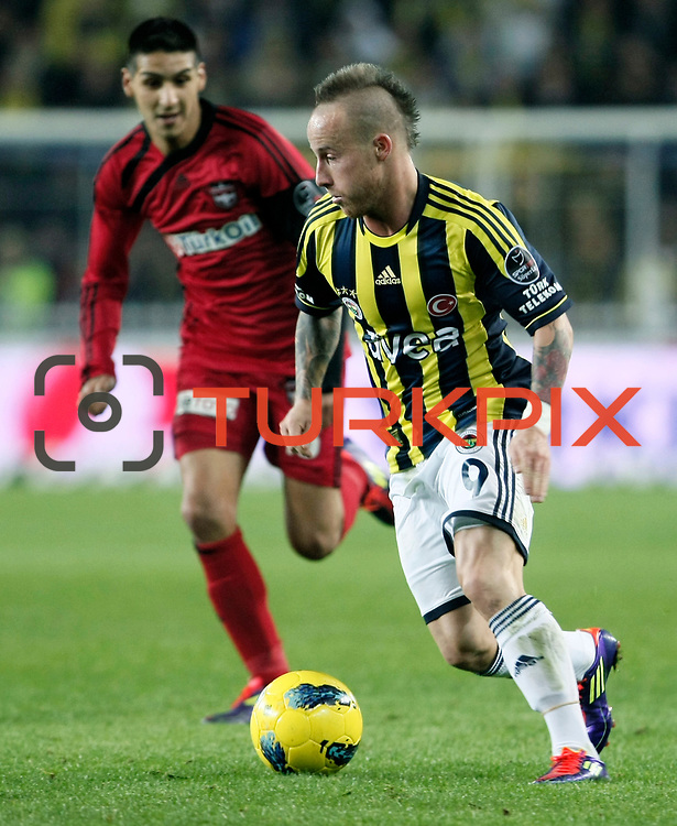 Fenerbahce's Mirosloav Stoch during their Turkish superleague soccer match Fenerbahce between Gaziantepspor at the Sukru Saracaoglu stadium in Istanbul Turkey on Monday09 January 2011. Photo by TURKPIX