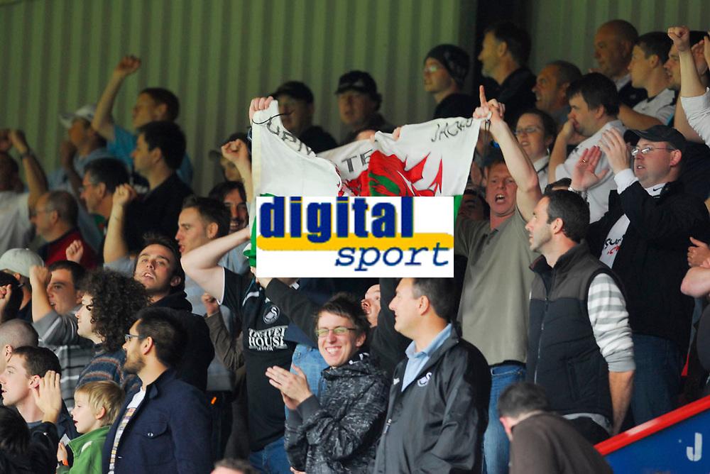 Photo: Leigh Quinnell.<br /> Leyton Orient v Swansea City. Coca Cola League 1. 06/10/2007. Swansea fans celebrate.