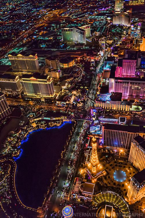 Las Vegas Boulevard featuring Paris, Flamingo, Caesar's Palace, Mirage & Treasure Island Hotels