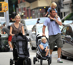 Naomi Watts with Liev Schreiber and kids out and about.<br /> (NYC)