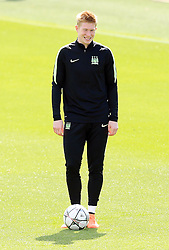 Kevin De Bruyne of Manchester City smiles - Mandatory byline: Matt McNulty/JMP - 25/04/2016 - FOOTBALL - City Football Academy - Manchester, England - Manchester City v Real Madrid - UEFA Champions League Training Session
