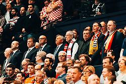 20.01.2020, Wiener Stadthalle, Wien, AUT, EHF Euro 2020, Oesterreich vs Deutschland, Hauptrunde, Gruppe I, im Bild v. l. Bundespraesident Alexander van der Bellen, Vizekanzler und Sportminister Werner Kogler (Gruene) // f. l. the president of Austria Alexander van der Bellen vice chancellor and minister of sports Werner Kogler (Green Party) during the EHF 2020 European Handball Championship, main round group I match between Austria and Germany at the Wiener Stadthalle in Wien, Austria on 2020/01/20. EXPA Pictures © 2020, PhotoCredit: EXPA/ Florian Schroetter