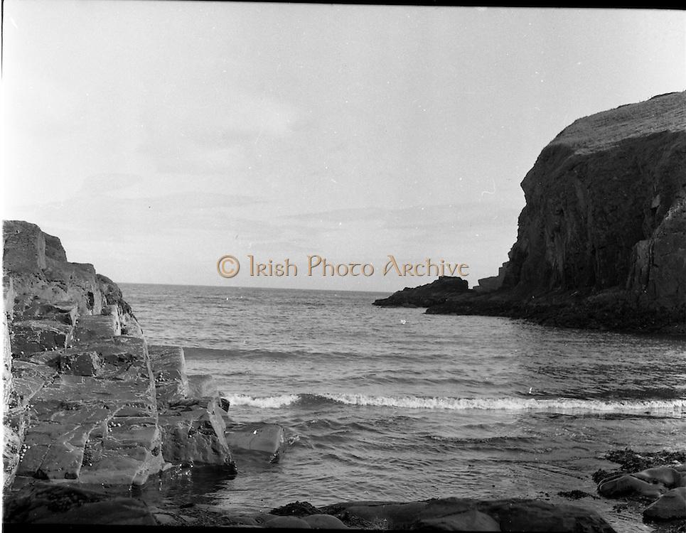 06/1954<br /> June1954<br /> Nohoval cove, near Roberts Cove, Co. Cork.