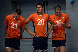 28-08-2016 NED: Nederland - Slowakije, Nieuwegein<br /> Het Nederlands team heeft de oefencampagne tegen Slowakije met een derde overwinning op rij afgesloten. In een uitverkocht Sportcomplex Merwestein won Nederland met 3-0 van Slowakije / Sjoerd Hoogendoorn #21, Fabian Plak #20, Wouter ter Maat #16