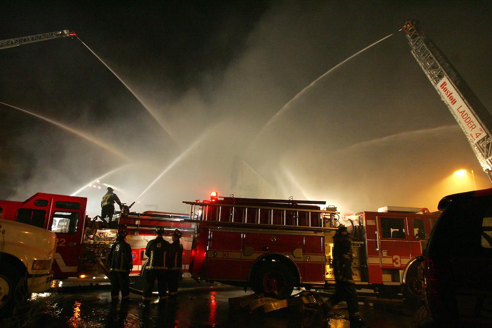 Boston, MA 08/21/2010.Boston Firefighters battle a 9 alarm fire at 31 Norfolk Ave in Roxbury on Saturday night, August 20, 2010..Alex Jones / www.alexjonesphoto.com