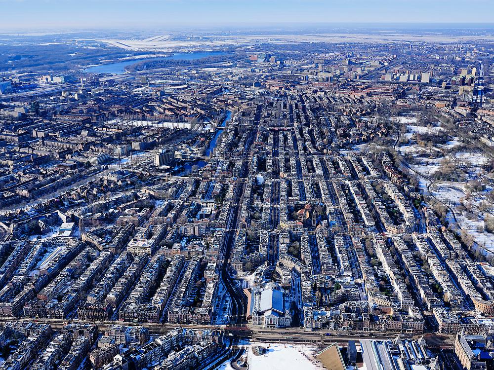 Nederland, Noord-Holland, Amsterdam, 13-02-2021; Museumplein onder de sneeuw en in de winter. Van Baerlestraat mey Concertgebouw. De Nieuwe Meer met Schiphol in het verschiet.<br /> Museumplein under the snow and in winter.<br /> luchtfoto (toeslag op standaard tarieven);<br /> aerial photo (additional fee required)<br /> copyright © 2021 foto/photo Siebe Swart