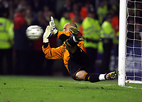 Hero's Pepe Reina makes Dramatic save from Geremi<br />Liverpool 2006/07<br />Liverpool V Chelsea 01/05/07 <br />The UEFA Champions League Semi Final 2nd Leg<br />Photo Robin Parker Fotosports International