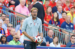 LONDON, ENGLAND - Saturday, August 6, 2016: Liverpool's manager Jürgen Klopp during the International Champions Cup match against FC Barcelona at Wembley Stadium. (Pic by David Rawcliffe/Propaganda)