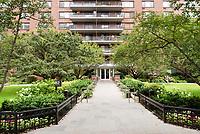 Entrance to 382 Central Park West