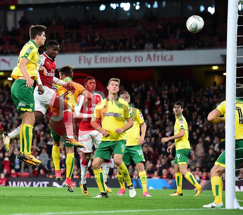 Edward Nketiah of Arsenal scores to make it 2-1 - Mandatory by-line: Alex James/JMP - 24/10/2017 - FOOTBALL - Emirates Stadium - London, England - Arsenal v Norwich City - Carabao Cup