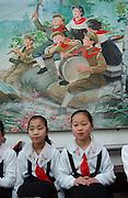 North Korea.3rd grade girls. Kangan Primary school in Sonkyo District, Pyongyang......(C)Jeremy Horner.15 Mar 2004Pyongyang, North Korea, DPRK