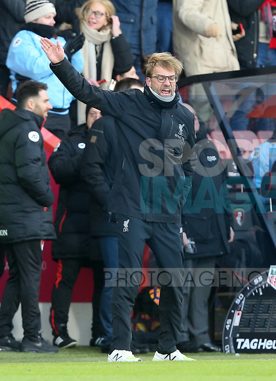 Liverpool's Jurgen Klopp looks on dejected during the Premier League match at the Vitality Stadium, London. Picture date December 4th, 2016 Pic David Klein/Sportimage