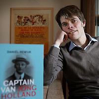 Nederland, Aalsmeer , 24 februari 2015.<br /> Daniel Rewijk, de biograaf van sportpionier Pim Mulier<br /> <br /> Foto:Jean-Pierre Jans